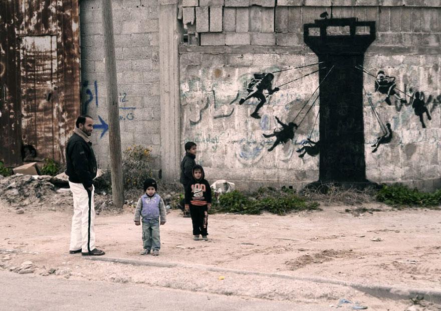 israel-palestine-conflict-gaza-strip-street-art-banksy-1