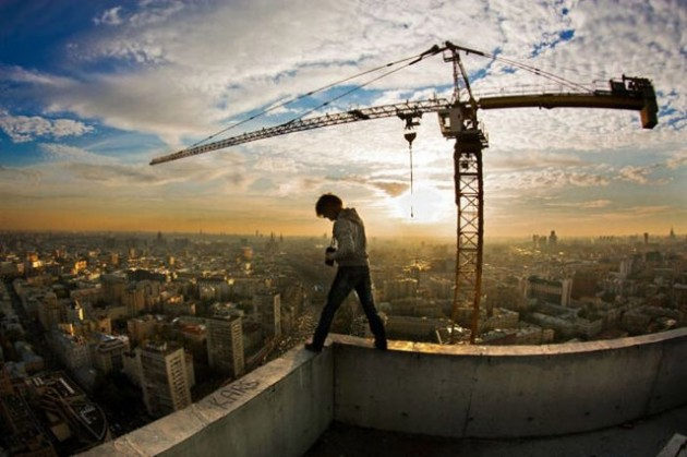 roofers_not_afraid_of_heights_32