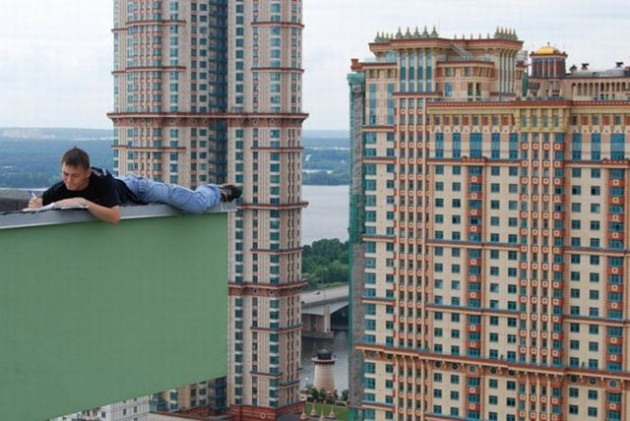 roofers_not_afraid_of_heights_8