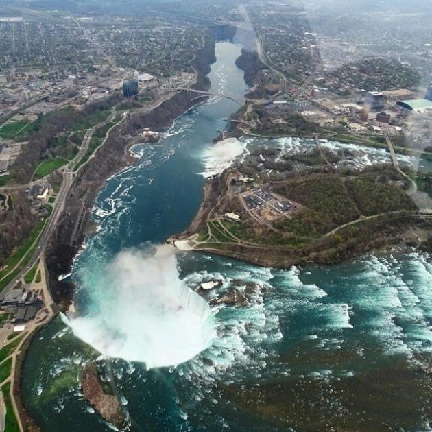 #10 - O Clique perfeito no alto do Niagara Falls/Canadá!  Por @aventureiros