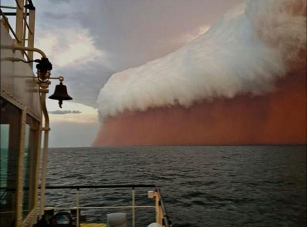 #7 - Tempestade de areia que atingiu a Austrália em 2013