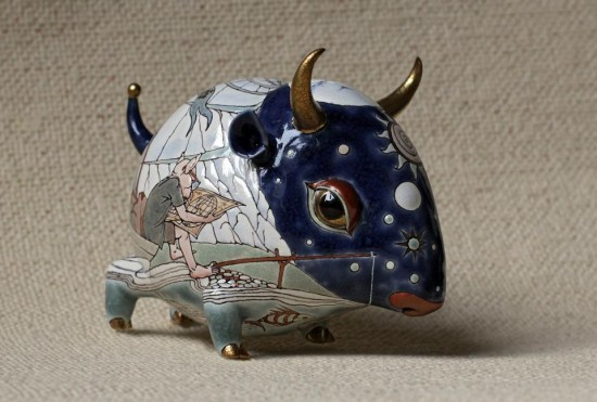 Painted-porcelain-and-ceramic-sculpture-by-Anya-Stasenko-and-Slava-Leontiev17-550x371
