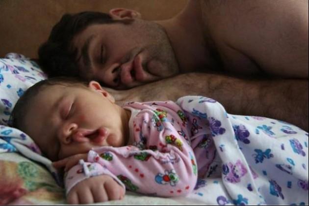 Tal Pai, Tal Filho! - 20 Imagens engraçadas de pais e filhos na mesma pose11