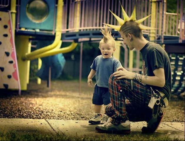 Tal Pai, Tal Filho! - 20 Imagens engraçadas de pais e filhos na mesma pose9