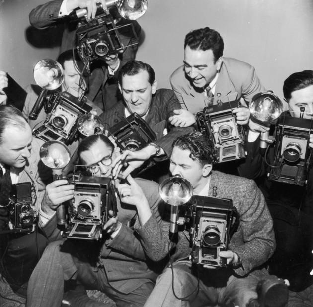41 Imagens mostram como era difícil a vida de fotógrafo antigamente-12