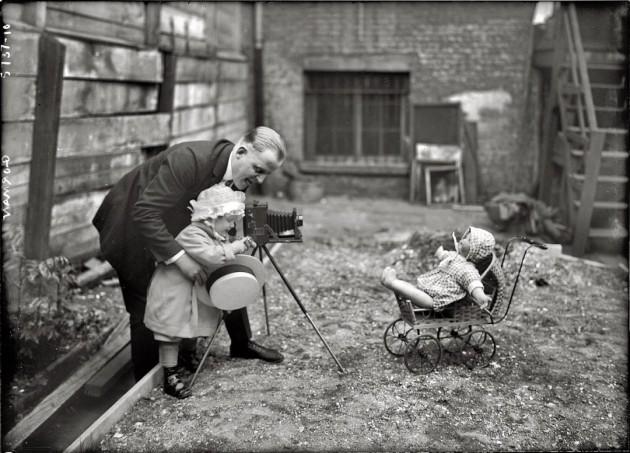 41 Imagens mostram como era difícil a vida de fotógrafo antigamente-39