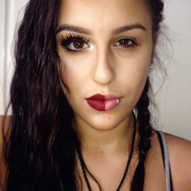 Garotas são maquiadas pela metade para conscientizar algo muito importante para as mulheres 3