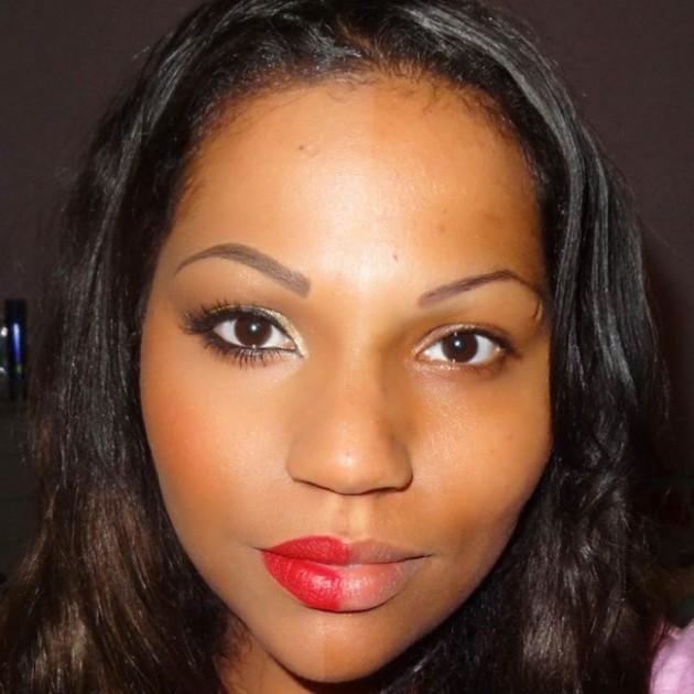 Garotas são maquiadas pela metade para conscientizar algo muito importante para as mulheres 6