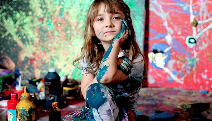 Menina autodidata de apenas 8 anos é a pintora mais nova do mundo. Conheça suas artes!