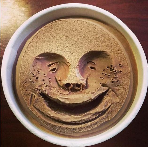 japonês-desenha-rostos-nos-sorvetes-15