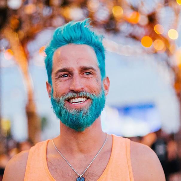 merman-colorful-beard-hair-dye-men-trend-15__605
