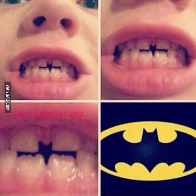 #7 - Acharam o Batman.