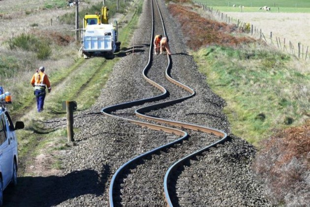 Trilhos da Nova Zelandia pós os Terremotos em 2010