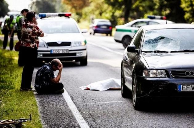 Homem lituano abalado ao atropelar e matar uma criança de 8 anos.