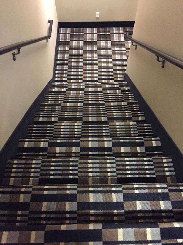 E pra descer essas escadas?