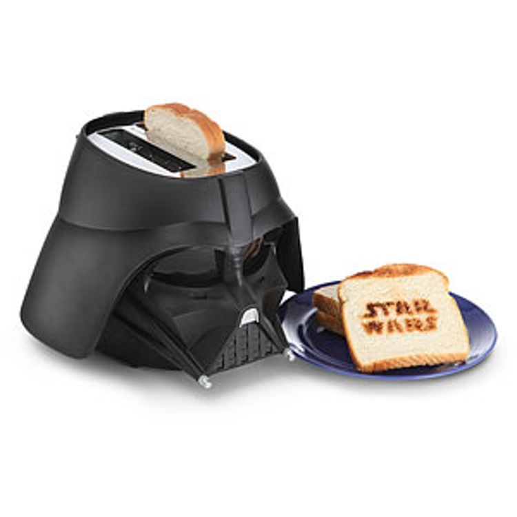 http-wp-prod-02.distractify.com-wp-content-uploads-2015-10-1bd7_star_wars_toaster