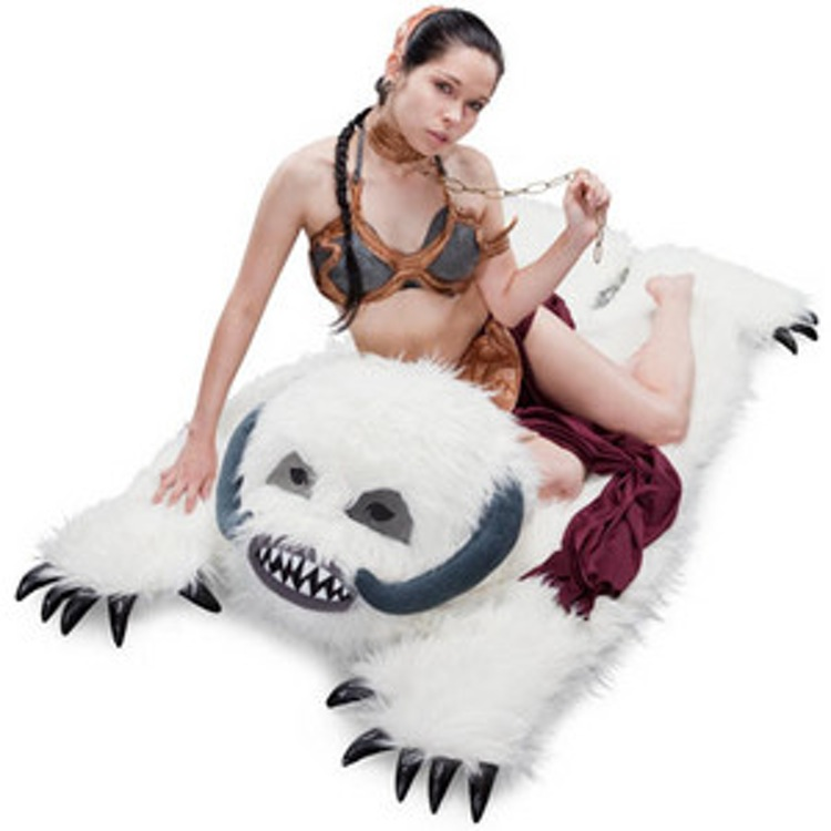 http-wp-prod-02.distractify.com-wp-content-uploads-2015-10-e071_wampa_rug
