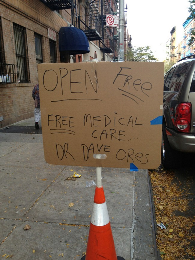 Tratamento médico gratuito disponível. Dr. Dave Ores.