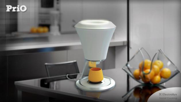 #1 - Juicer Prio - Faz suco de laranja e com a poupa da fruta, cria um copo na impressora 3D para você beber.