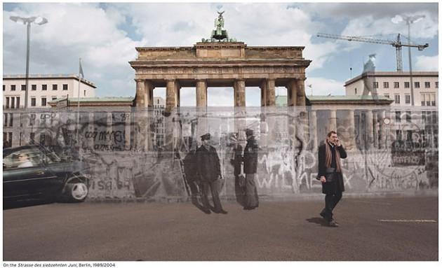 O Muro de Berlim - Brandenburg Gate 1989 / 2004