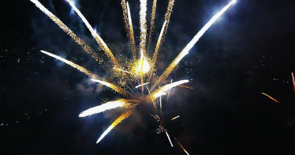 Fireworks-filmed-with-a-drone-YouTube-600x315