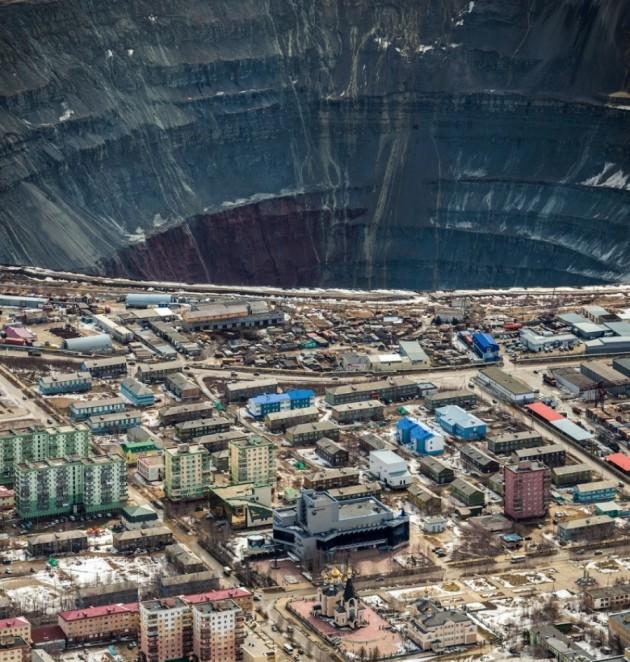 LiveJournal - Mina de diamantes em Yakutiya, Rússia