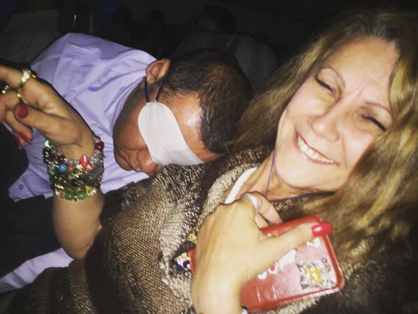 #10 - Quem dorme e deita no seu colo pedindo carinho