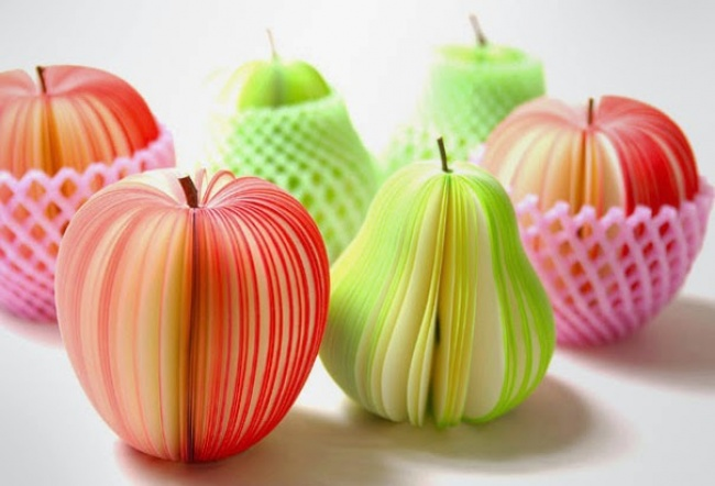 302105-650-1461067892-creative-office-post-it-fruits-2