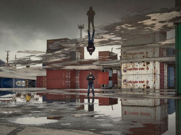 Designer manipula imagens de cidades como se elas pudessem ser dobradas