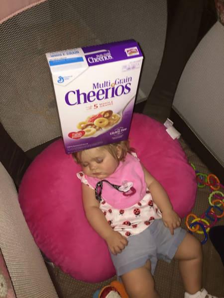 pais_empilhar_cheerios_2