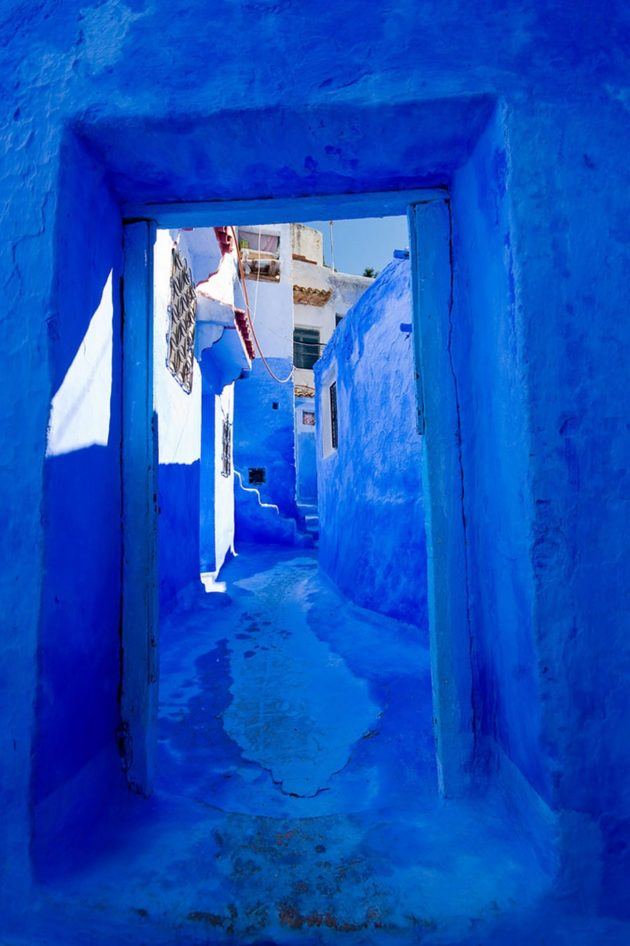 218955-880-1460542988-blue-streets-of-chefchaouen-morocco-13