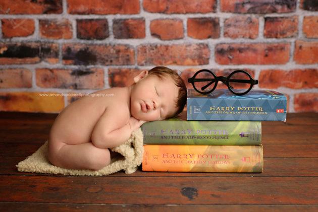 Harry-Potter-newborn-photo-Merrick-baby-photographer-ASP_5025