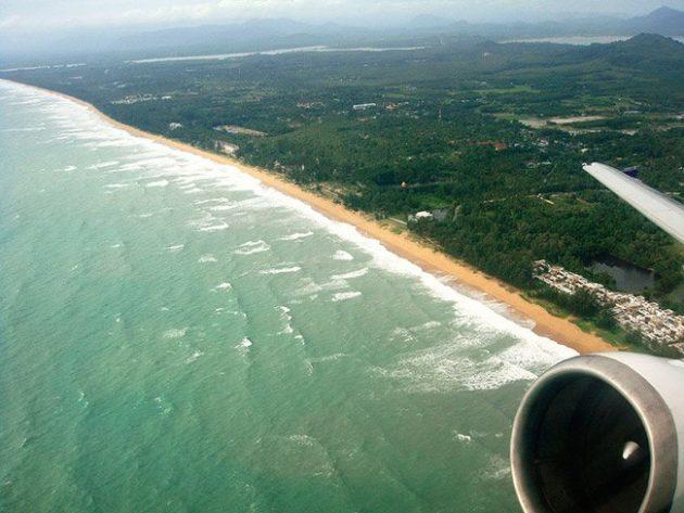 Praia de Mai Koaw, Tailândia