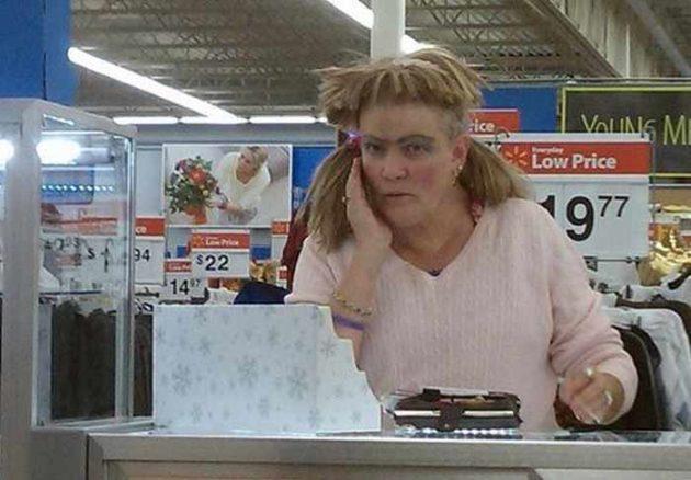 pessoas bizarras no super mercado 15