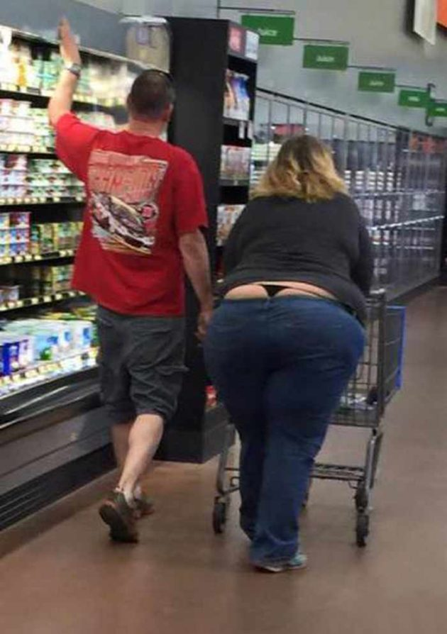 pessoas bizarras no super mercado 3