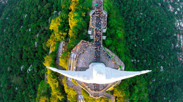 Cristo Redentor - Foto por: Caters News Agency