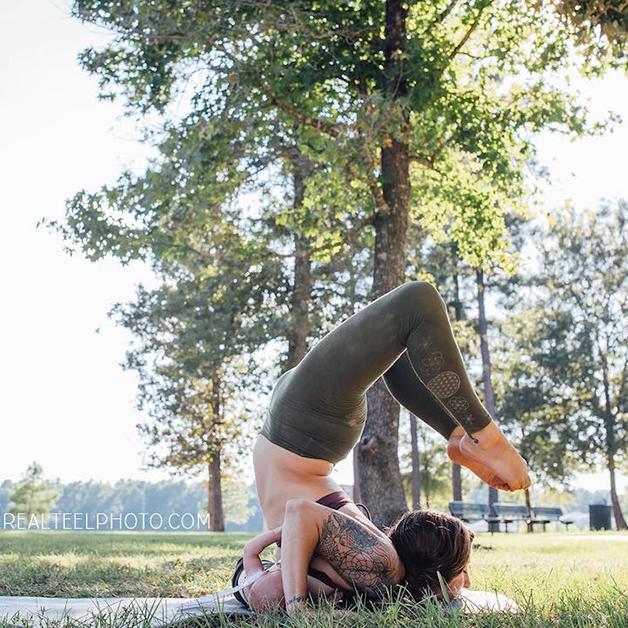 carlee-yoga-4