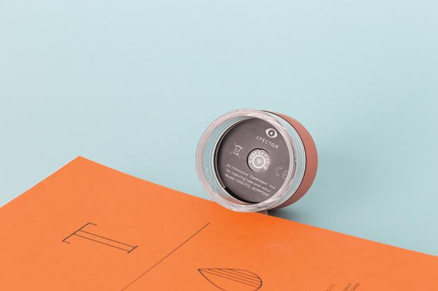 spector-um-gadget-que-detecta-fontes-e-cores-com-um-clique1