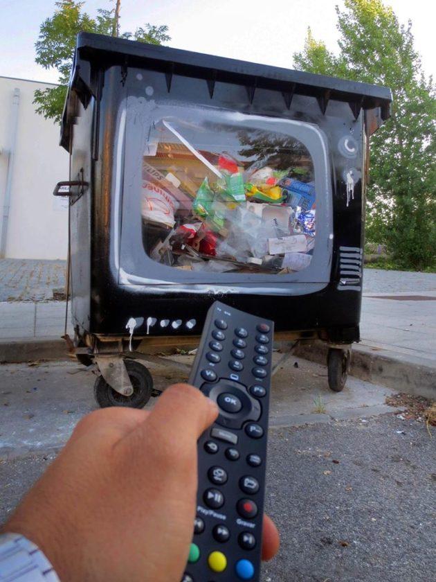 artur-bordalo-ii-painting-urban-art-street-art-garbage-trash-lixo-arte-urbana-ideia-quente-12