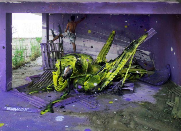 artur-bordalo-ii-painting-urban-art-street-art-garbage-trash-lixo-arte-urbana-ideia-quente-14