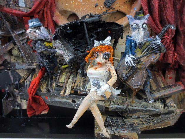 artur-bordalo-ii-painting-urban-art-street-art-garbage-trash-lixo-arte-urbana-ideia-quente-3