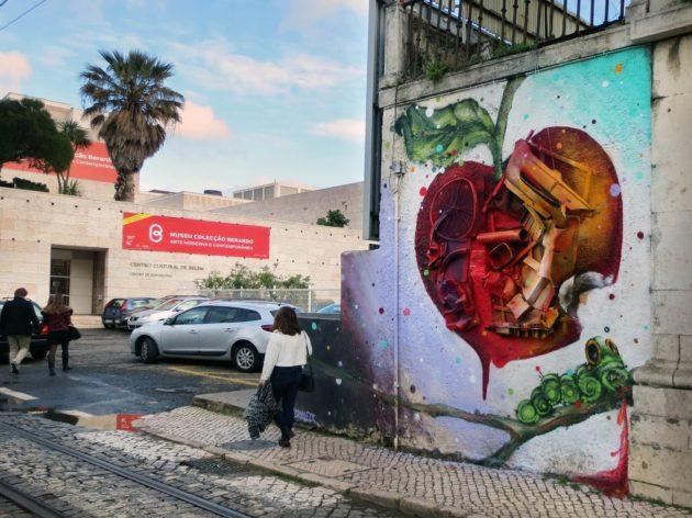 artur-bordalo-ii-painting-urban-art-street-art-garbage-trash-lixo-arte-urbana-ideia-quente-4