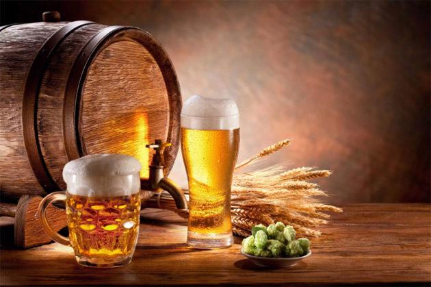 O Colarinho da cerveja em algumas campanhas são feitas de espuma de sabão, dando mais tempo para o registro da foto.