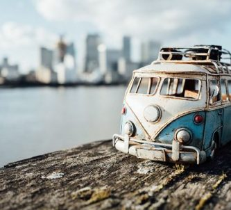 miniature-toy-car-photography-kim-leuenberger-fb1__700-png