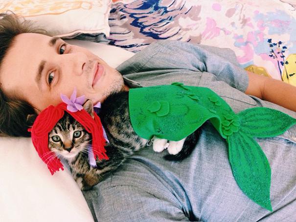 halloween-cat-costumes-60-57f78d8a60c86__605