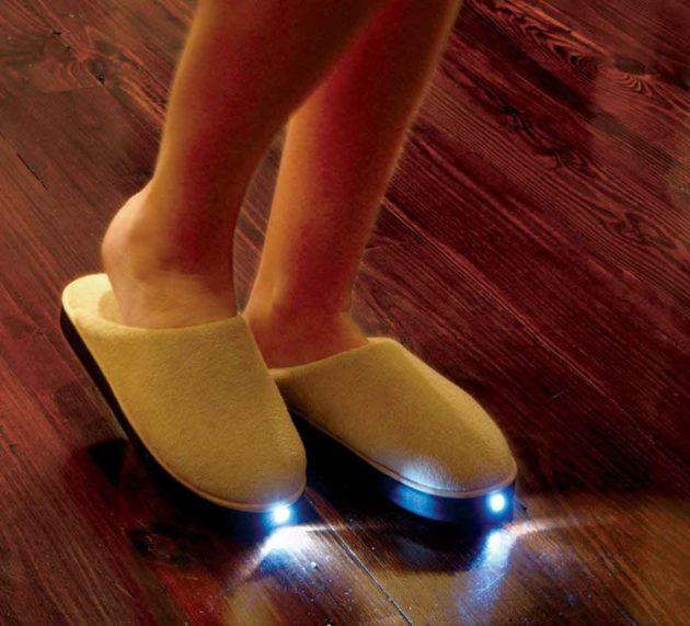 Sapato pra você procurar as coisas no escuro.