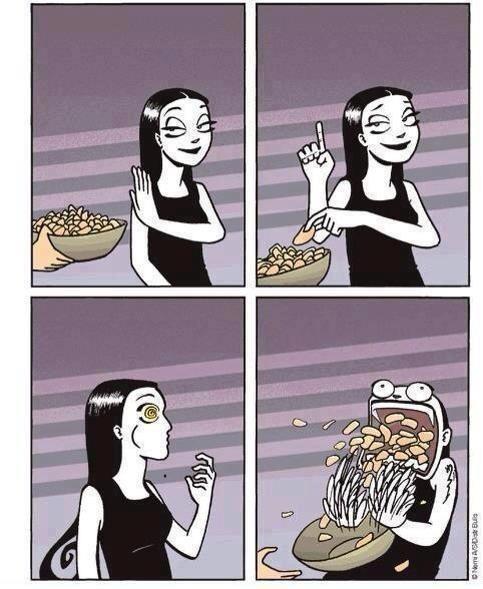 #11 - Quando resolvo comer um só.