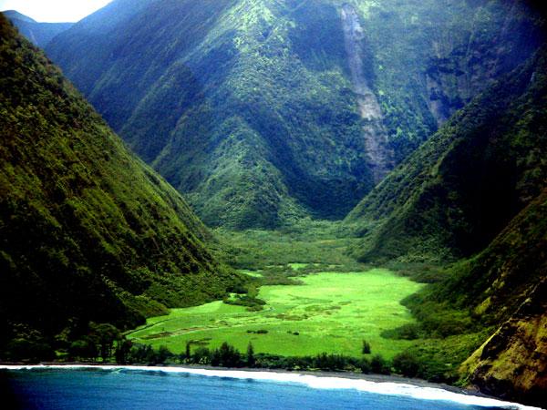 Big-Island-Hawaii-valley
