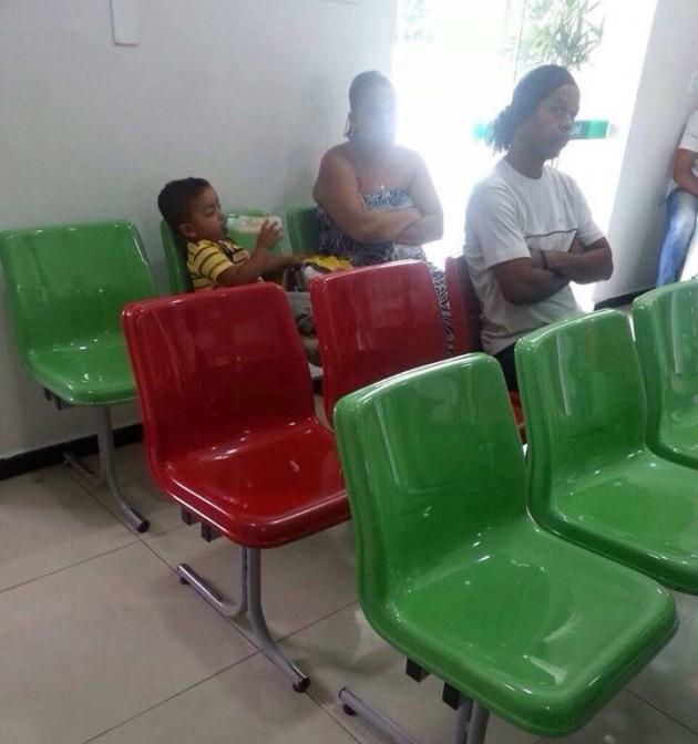 Ronaldinho Gaúcho na Fila do Hospital.