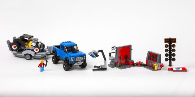 LEGO F-150 Raptor
